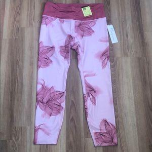 3/$15 NWT Nanette Lepore 7/8 pink/red leggings, L